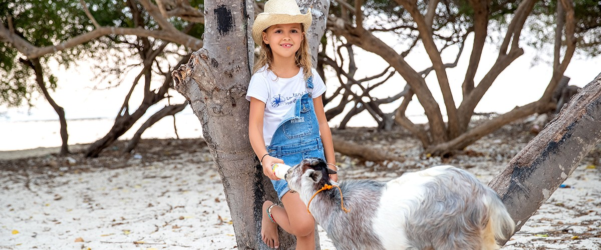 GIRL IN DENIM NEW SUMMER COLLECTION